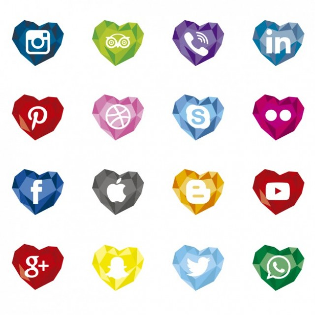 Free vector Polygonal social media icons with heart shape #30897
