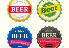 Free vector Collection of four round beer stickers in realistic design #7931